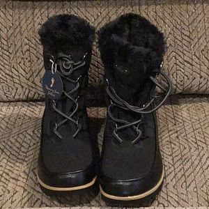 DR2) Women's Brand New JBU Boots, never worn w/tag